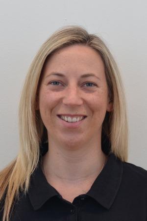 Dr Lauren Darby